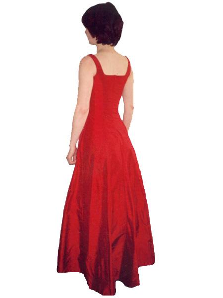 Julie delj hier stylisme for Faire don d une robe de mariée plus ancienne